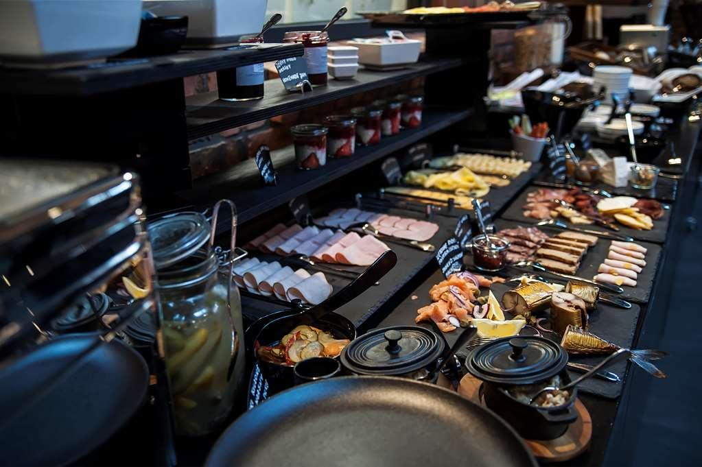 Best Western Hotel Mariacki - Breakfast at Hotel Mariacki - Mariacki Brewery Restaurant.