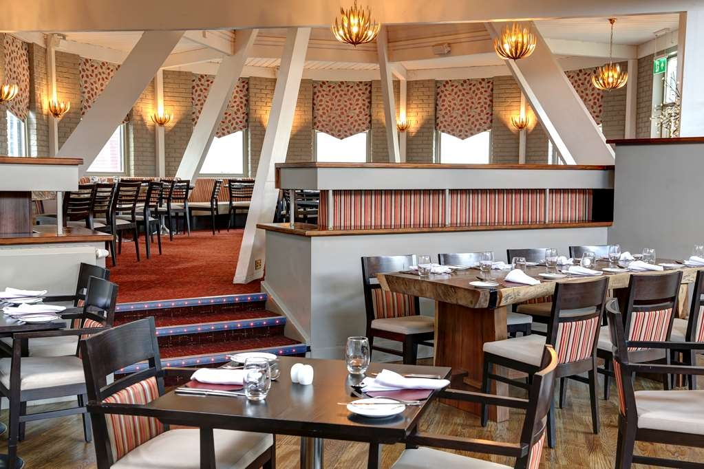 Swindon Blunsdon House Hotel, BW Premier Collection - Restaurante/Comedor