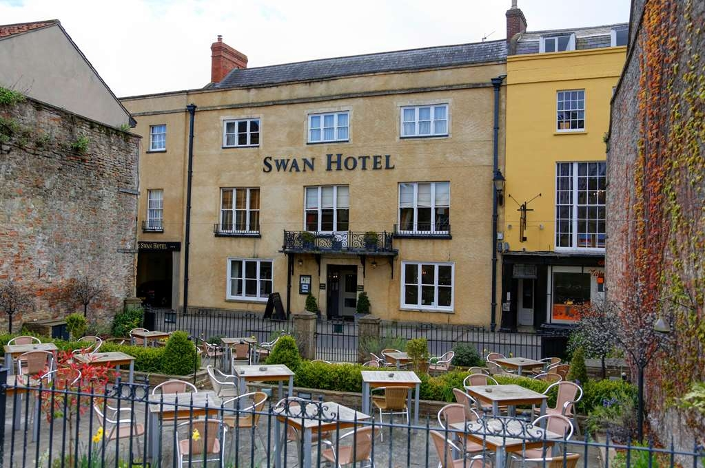 Best Western Plus Swan Hotel - swan hotel grounds and hotel
