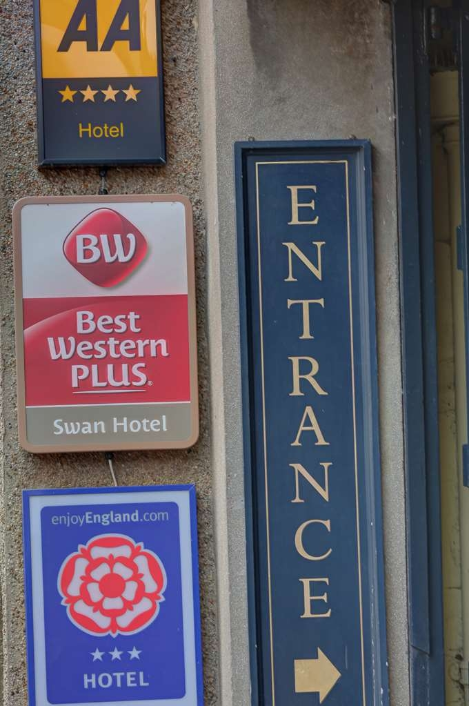 Best Western Plus Swan Hotel - swan hotel grounds and hotel OP