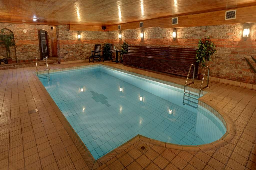 Best Western The Bell In Driffield - Vista de la piscina