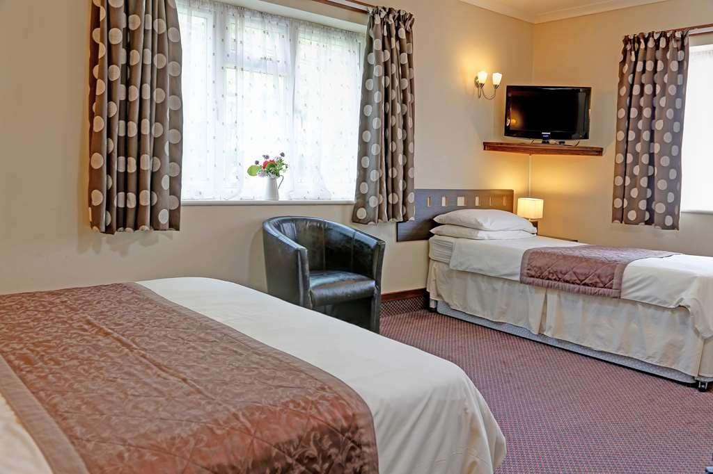 Best Western Compass Inn - Guest Room