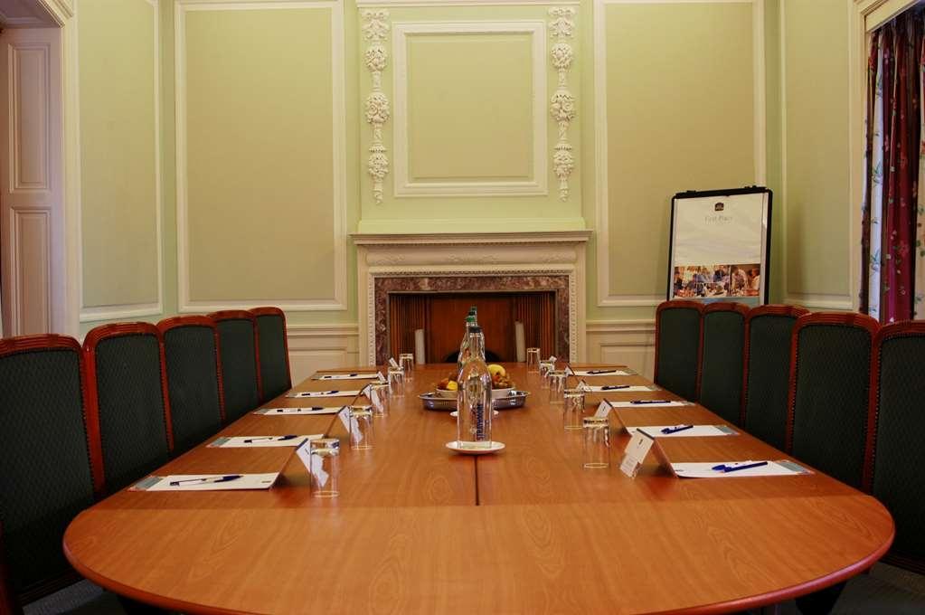 Best Western Plus Dunfermline Crossford Keavil House Hotel - Salle de réunion