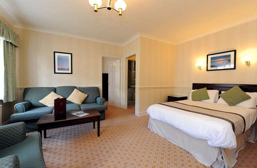 Hotel in Pembroke | Best Western Lamphey Court Hotel