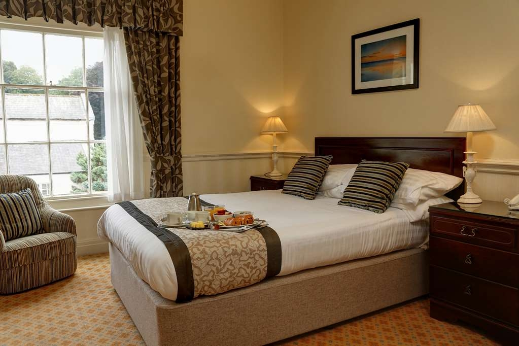 Best Western Lamphey Court Hotel - Guest Room