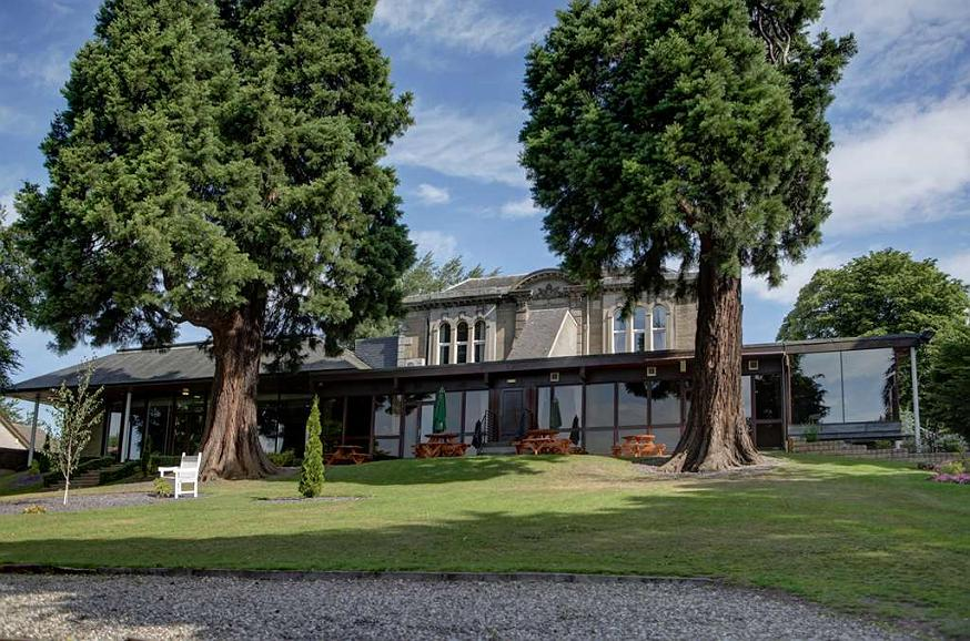 Best Western Dundee Invercarse Hotel - invercarse hotel grounds and hotel