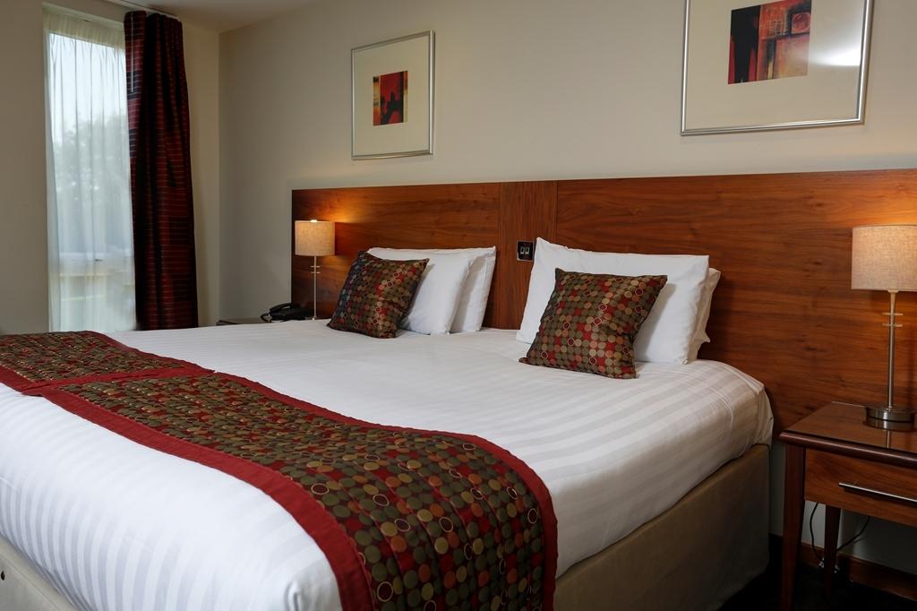 Best Western Kings Manor Hotel - Gästezimmer/ Unterkünfte