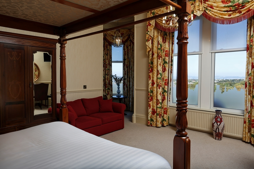 Best Western Edinburgh South Braid Hills Hotel - Guest Room