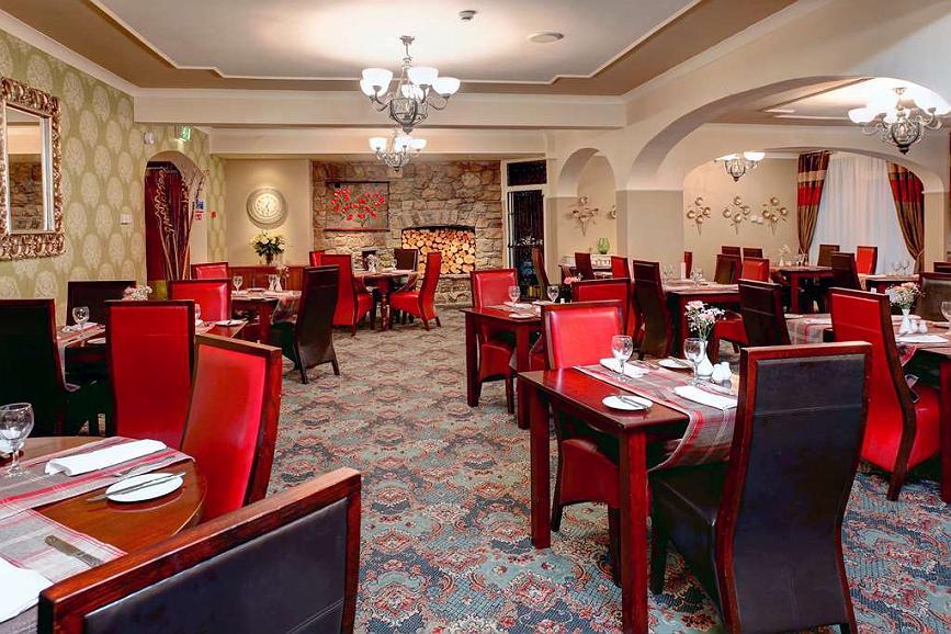 Hotel in Bridgend   Best Western Heronston Hotel & Spa