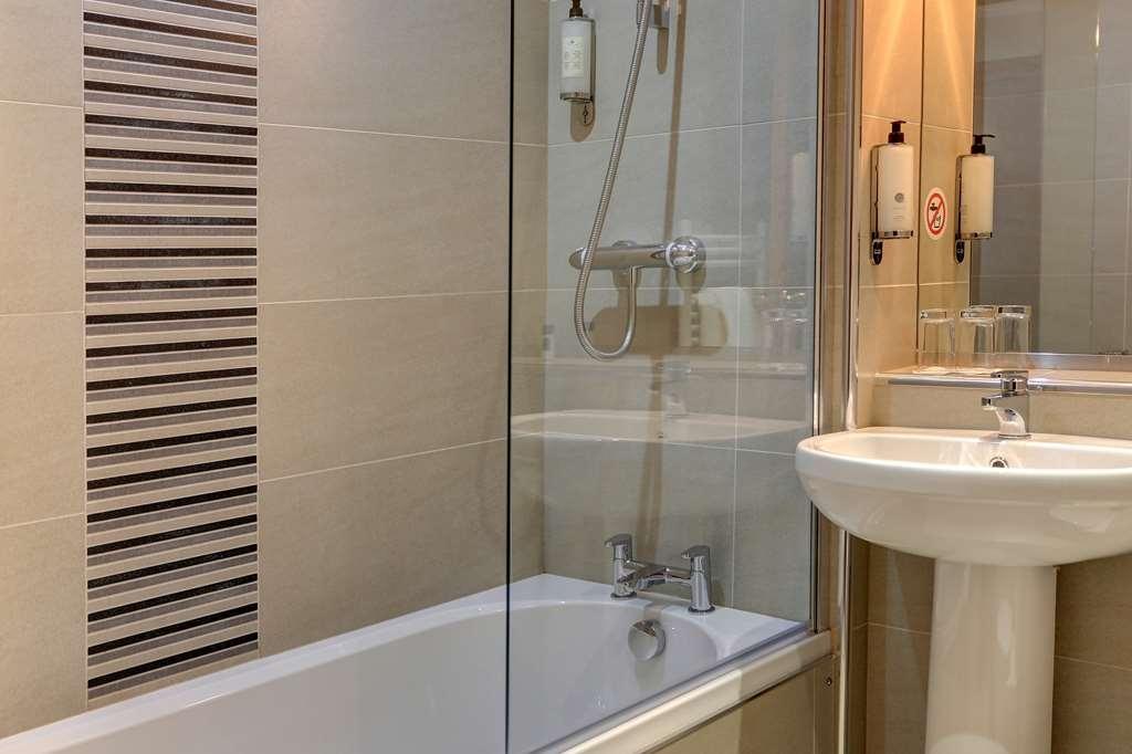 Best Western Glasgow Livingston Hilcroft Hotel - Badezimmer