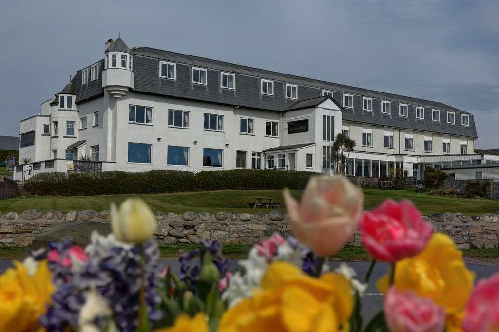 Best Western Kinloch Hotel - kinloch hotel grounds and hotel