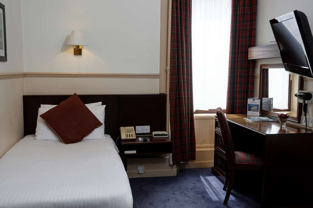 Best Western Queens Hotel - Guest Room