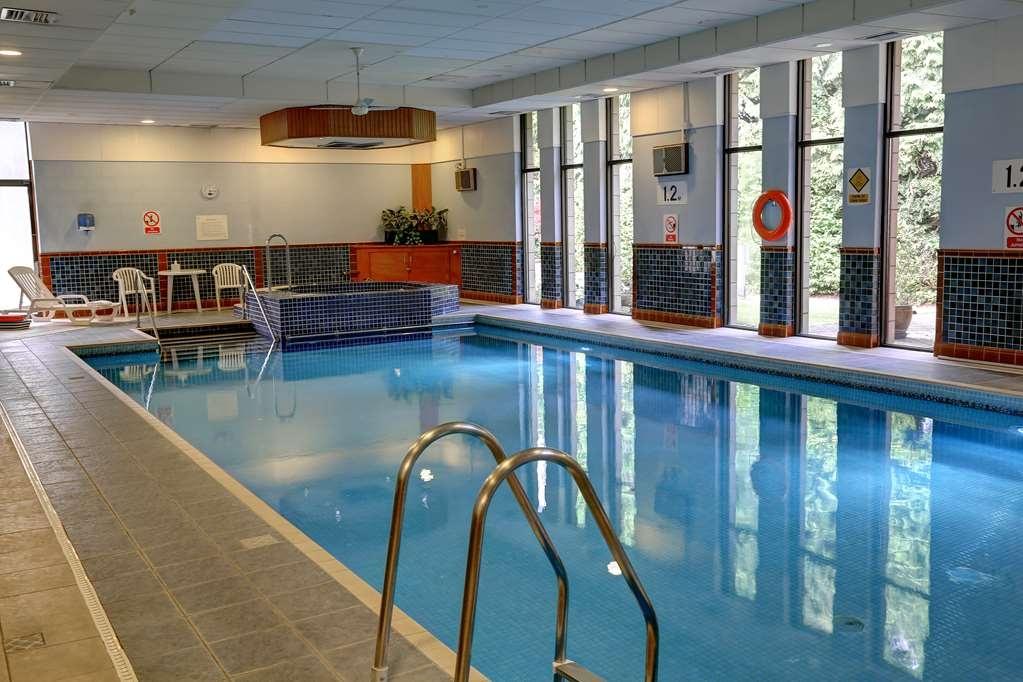 Best Western Dundee Woodlands Hotel - Vue de la piscine