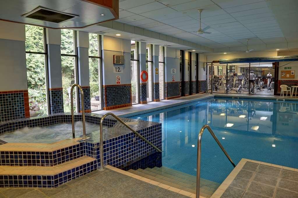 Best Western Dundee Woodlands Hotel - Vista de la piscina