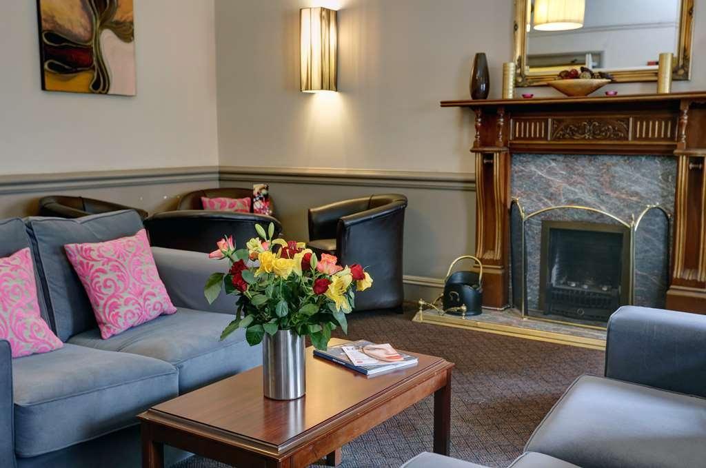 Best Western Glasgow City Hotel - glasgow city hotel grounds and hotel