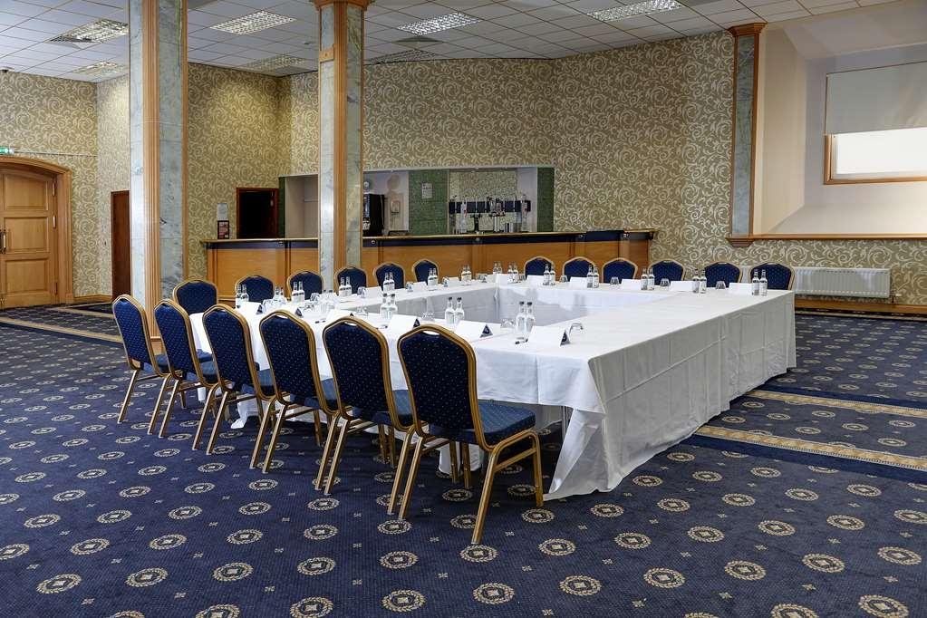 Best Western Summerhill Hotel and Suites - Sala de reuniones