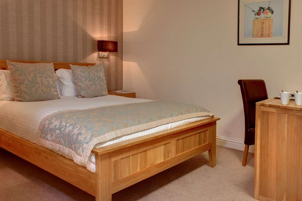 Best Western Manor Hotel - Guest Room