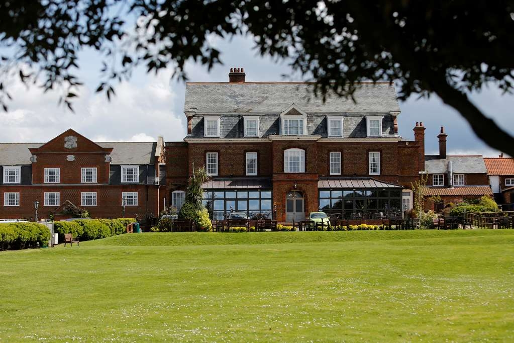 Old Hunstanton Le Strange Arms Htl, BW Signature Collection - Facciata dell'albergo
