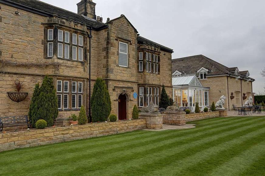 Best Western Plus Rogerthorpe Manor Hotel - Facciata dell'albergo