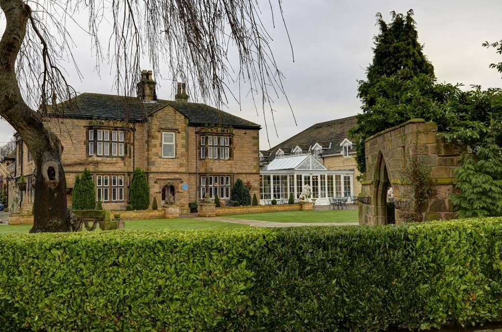 Best Western Plus Rogerthorpe Manor Hotel - Exterior view