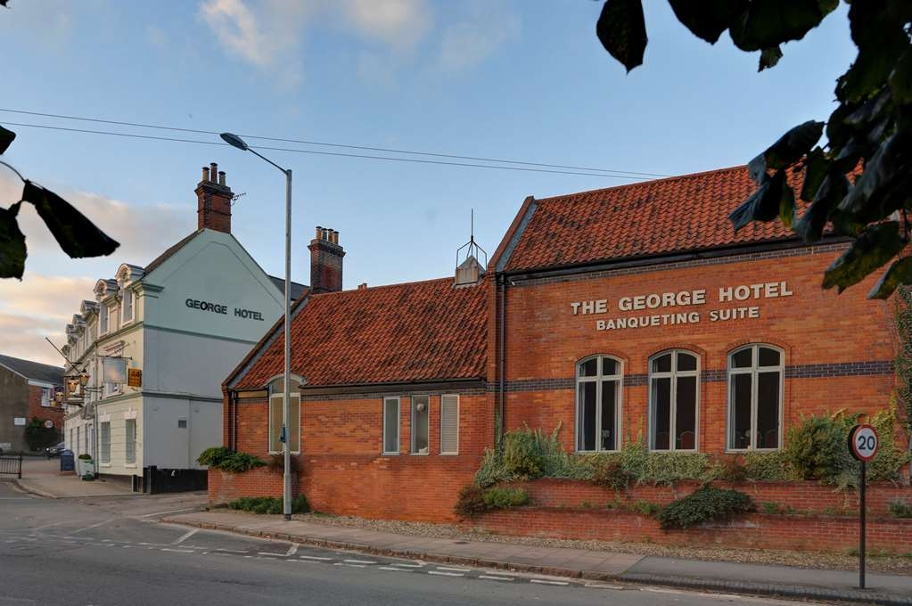 Best Western George Hotel - george hotel grounds and hotel