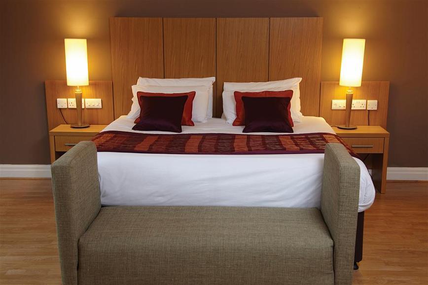 Best Western Manchester Oldham Smokies Park Hotel - Gästezimmer