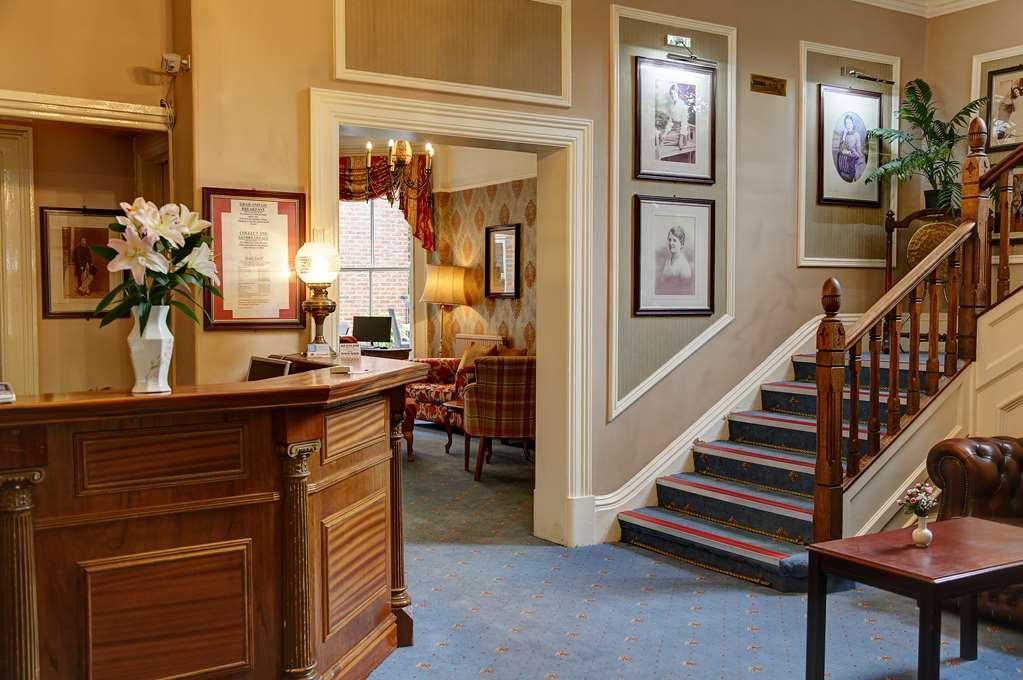 Best Western Kilima Hotel - Façade