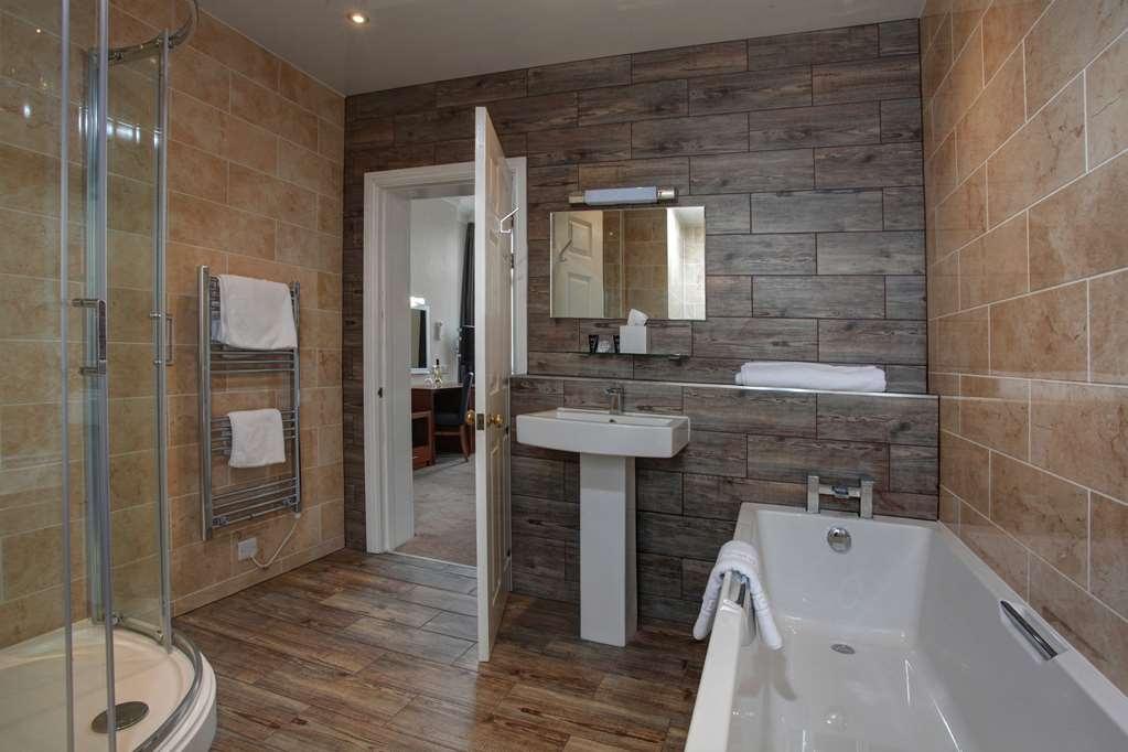 Best Western Lion Hotel - Badezimmer