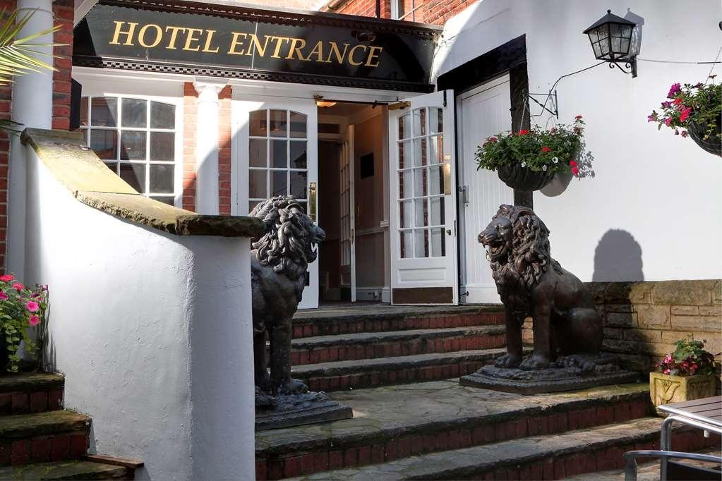 Best Western Lion Hotel - Außenansicht