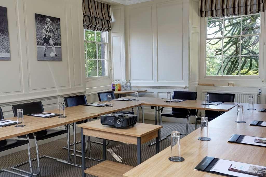Best Western Plus Sheffield Mosborough Hall Hotel - Besprechungszimmer
