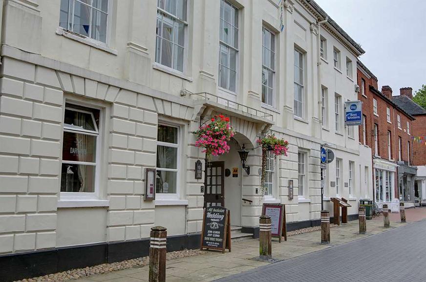 Best Western Lichfield City Centre The George Hotel - the george hotel grounds and hotel
