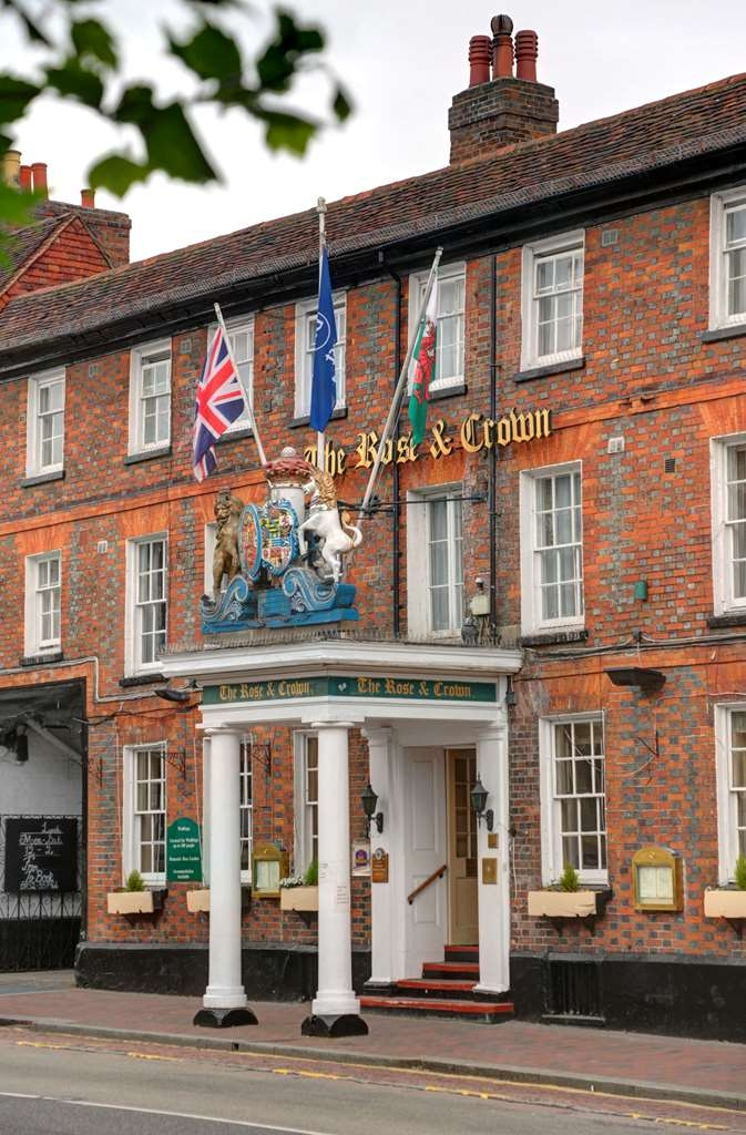Best Western Rose and Crown in Tonbridge - Facciata dell'albergo