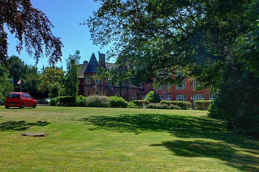 Best Western Abbots Barton Hotel - Aussenansicht