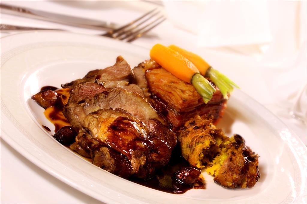 Best Western Abbots Barton Hotel - Restaurant - Küche