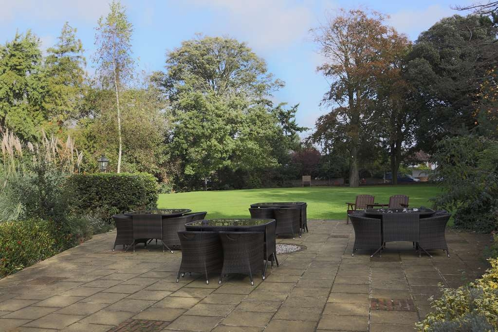 Best Western Abbots Barton Hotel - abbots barton hotel grounds and hotel