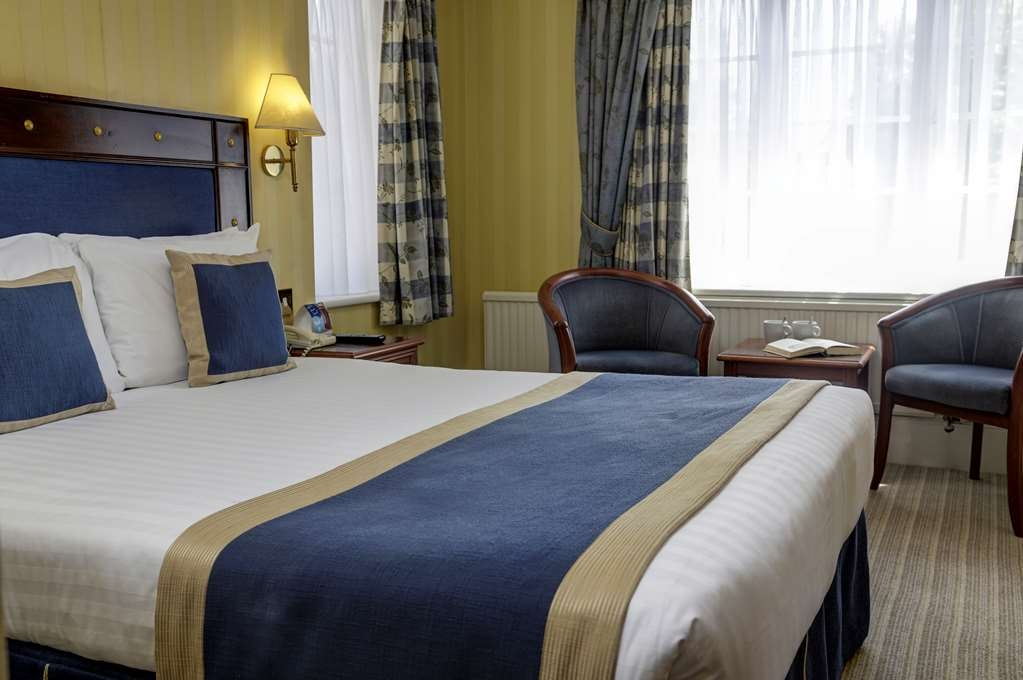 Best Western Abbots Barton Hotel - Bar / Lounge