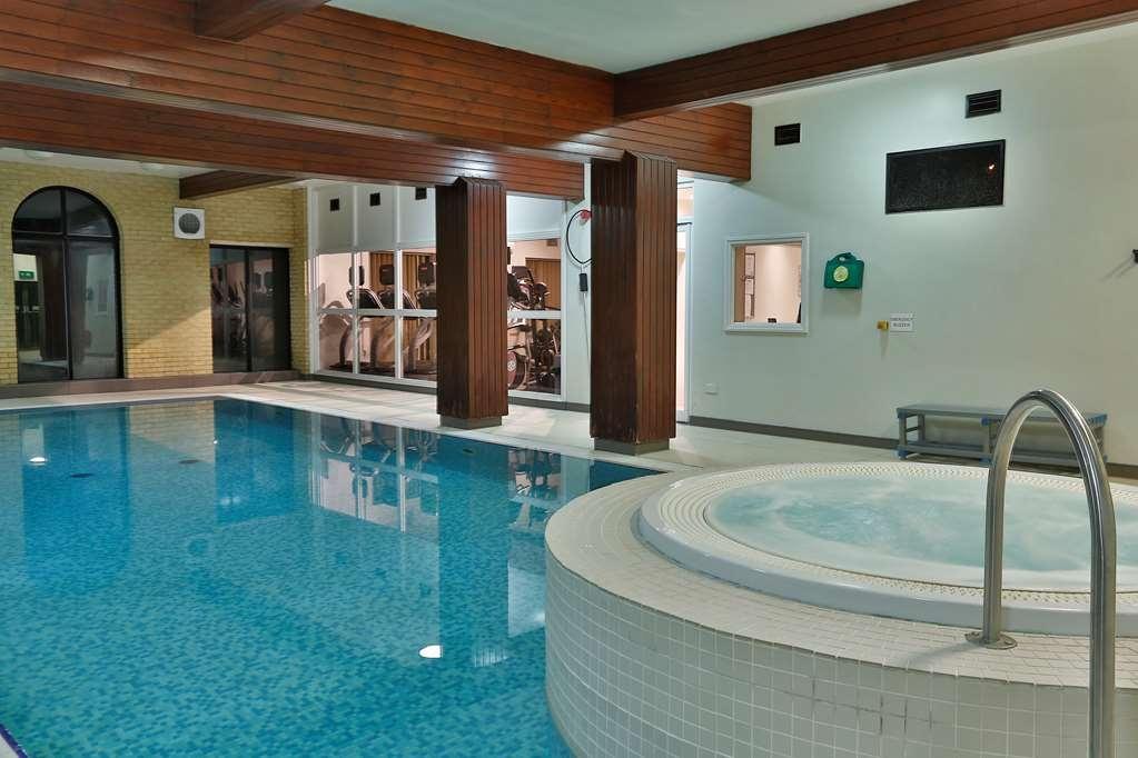Best Western Buckingham Hotel - Vue de la piscine