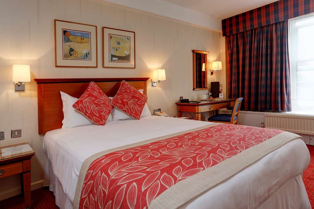 Best Western Welwyn Garden City Homestead Court Hotel - Double Guest Room