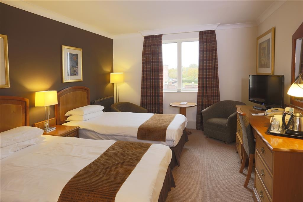 Best Western Plus Stoke-on-Trent Moat House - Guest Room