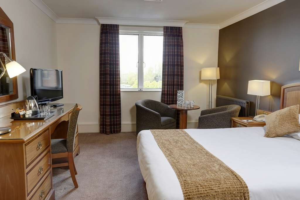 Best Western Plus Stoke-on-Trent Moat House - stoke on trent moat house bedrooms