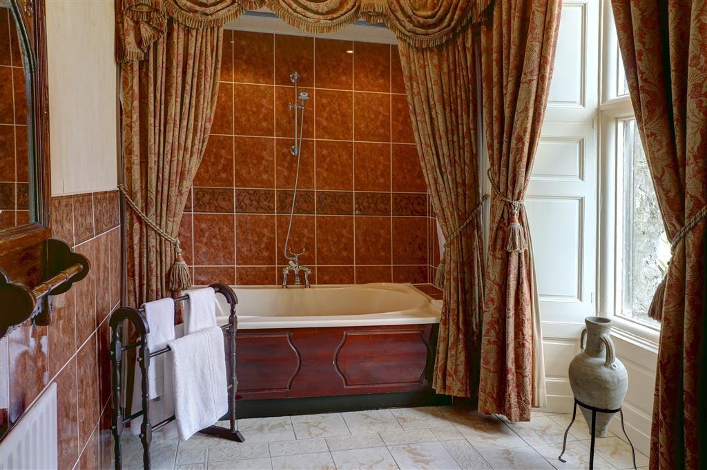 Best Western Walworth Castle Hotel - Cuarto de baño de clientes