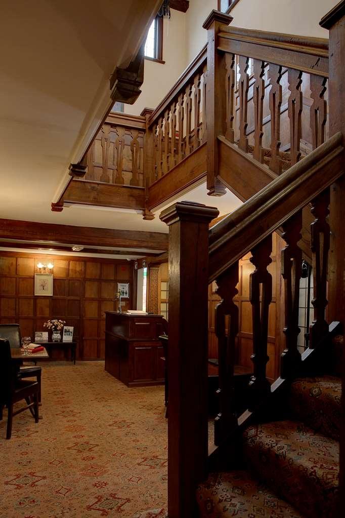 Best Western Gatehouse Hotel - Facciata dell'albergo
