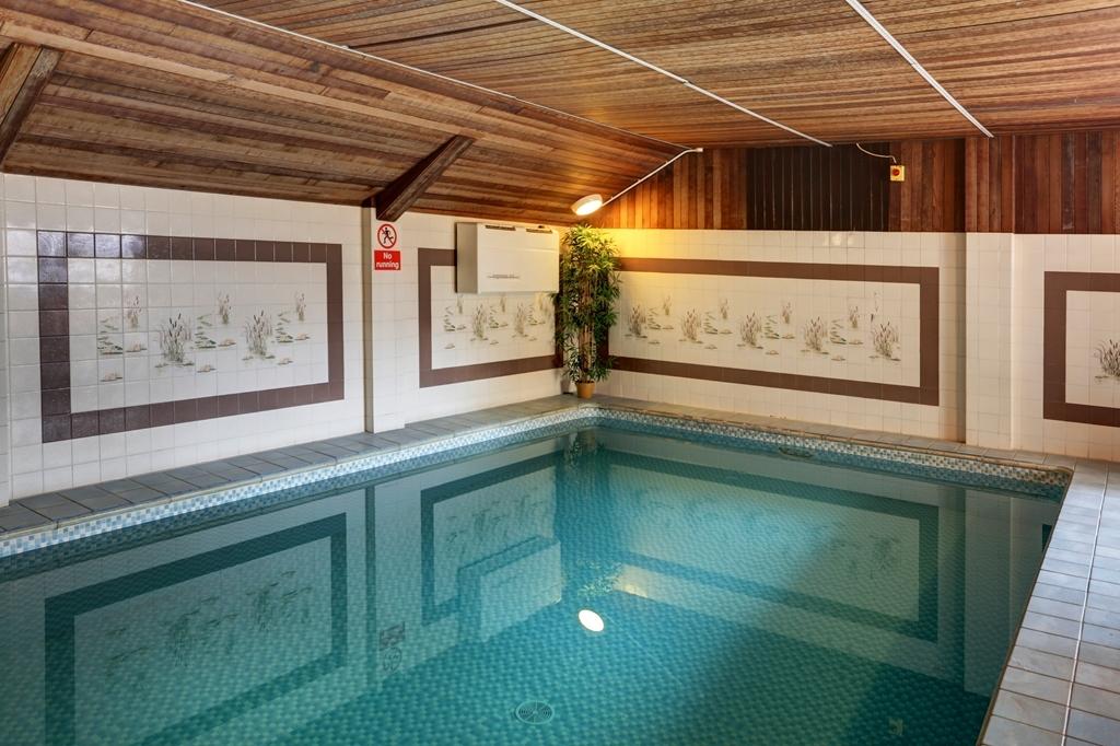 Best Western Beachcroft Hotel - Vista de la piscina
