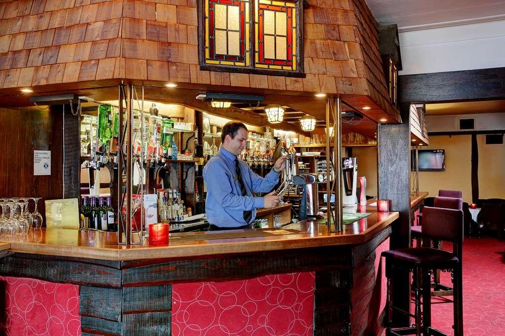Best Western Beachcroft Hotel - Bar/Salón
