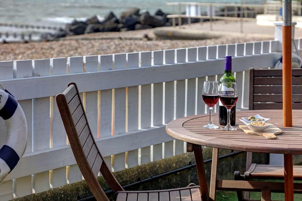 Best Western Beachcroft Hotel - Vista Exterior