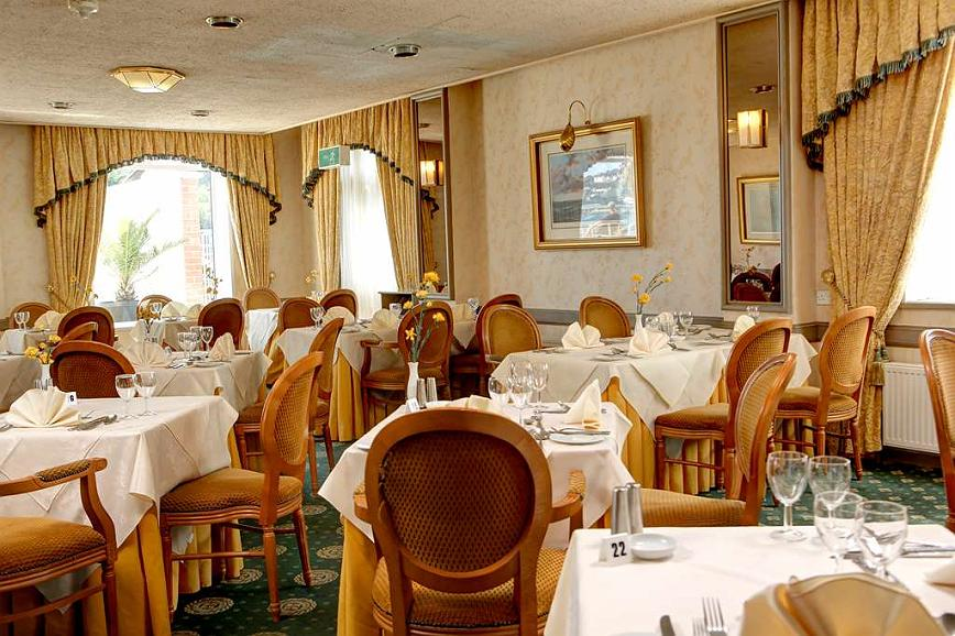 Marvelous Hotel In Torquay Best Western Livermead Cliff Hotel Ncnpc Chair Design For Home Ncnpcorg
