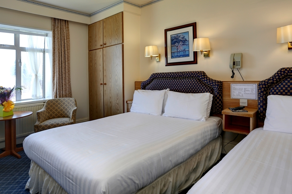 Best Western Livermead Cliff Hotel - Guest Room