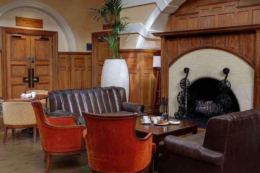 Groovy Hotel In Southampton Best Western Chilworth Manor Hotel Ibusinesslaw Wood Chair Design Ideas Ibusinesslaworg