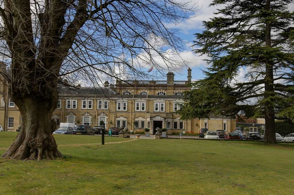 Best Western Chilworth Manor Hotel - Vista Exterior