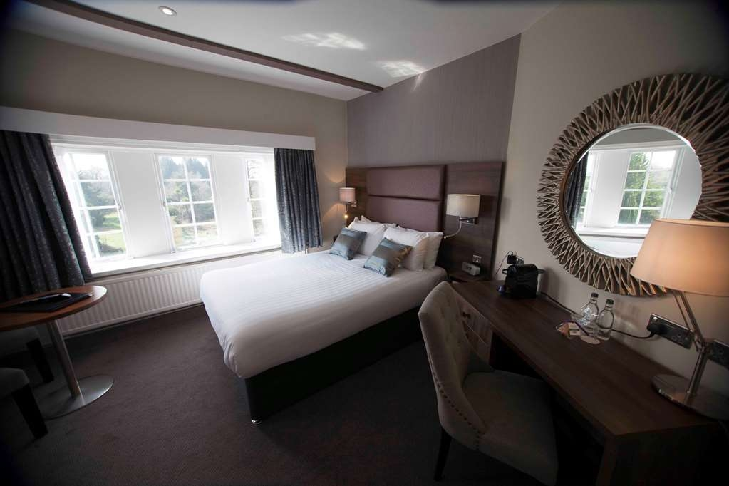 Best Western Chilworth Manor Hotel - chilworth manor bedrooms